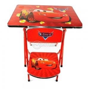 Детска масичка и столче с картинки от филма Колите