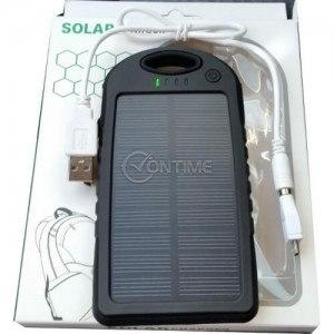 Соларна външна батерия с фенерче