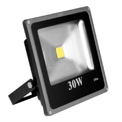 Лед прожектор IP66 за външен монтаж