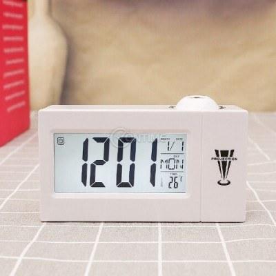 Часовник със звуково активиране и проекция
