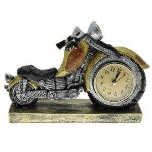 Часовник статуетка