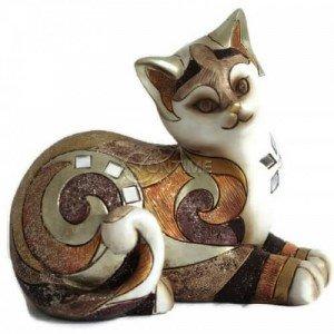 Статуетка във формата на котка