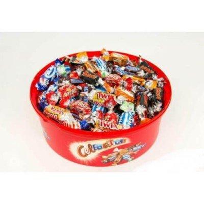 Кутия с различни бонбони Celebrations 650 г