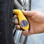 Манометър за гуми