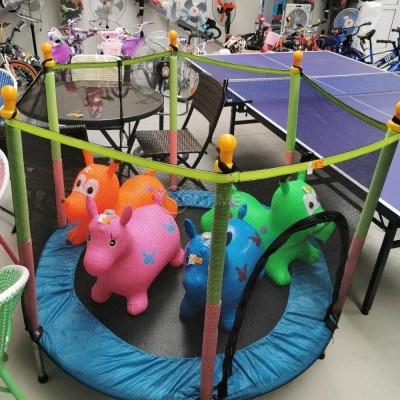 Батут за деца - диаметър 130см и предпазна мрежа