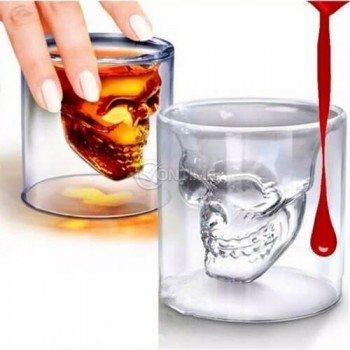 Чаша стъклена с форма на череп - 75мл.
