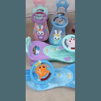 Детска количка за бутане с крачета