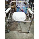 Стол тоалетен с колела