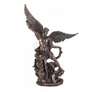 Статуетка на Архангел Михаил