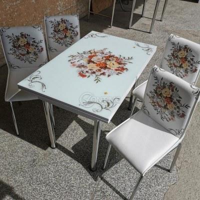 Трапезна разтегателна маса в комплект със столове