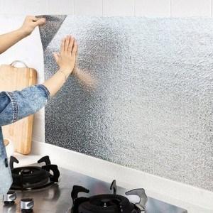 Кухненско предпазно алуминиево фолио за плот 3м х 60см, самозалепващо