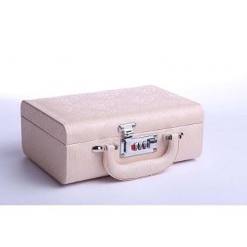 Кутия за бижута тип куфар 24/17/9см, кремав, B22
