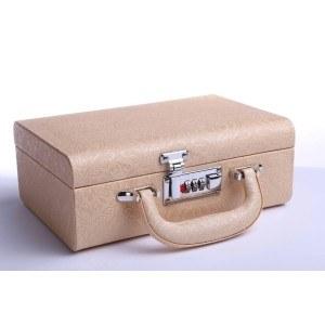 Кутия за бижута тип куфар 24/17/9см, златист, B23