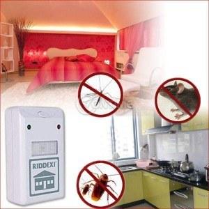Ултразвуков уред за борба с хлебарки, насекоми, мравки и гризачи  - Riddex Plus